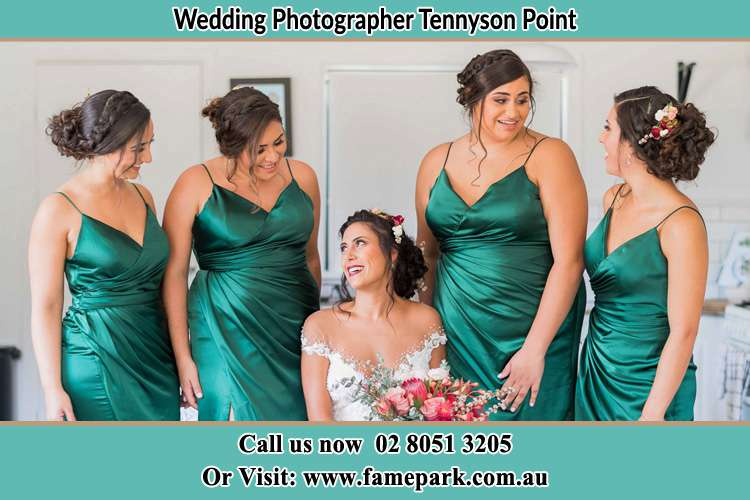 Photo of the Bride and the bridesmaids Tennyson Point NSW 2111